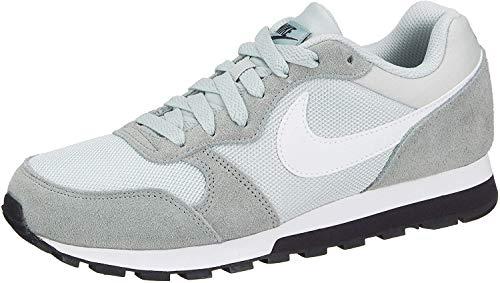 Nike MD Runner 2, Zapatillas de Running Mujer, Multicolor (Light Silver/White/Mica Green/Oil Grey 013), 43 EU