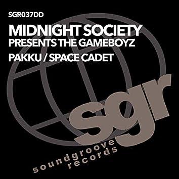 Pakku / Space Cadet