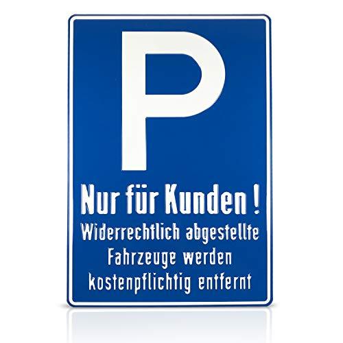 Betriebsausstattung24 Geprägtes Parkplatzschild aus Aluminium | BxH 40,0 x 60,0 cm | Kundenparkplatz
