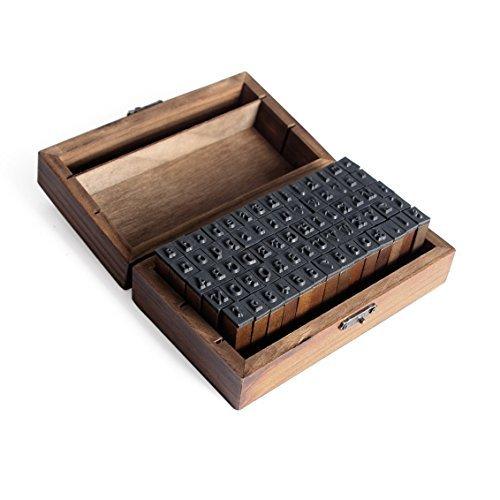 Alphabet Buchstaben Briefmarken-Vintage-Stil Alphabet Buchstaben Anzahl Symbol Stempel Dichtungen in Holzkiste Fall Alphabet Buchstaben Zahlen Set von 70 Stück