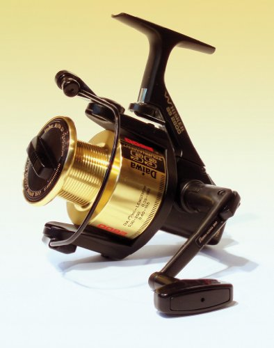 SS Tournament 4.6:1 Left/Right Hand Long Cast Spinning Fishing Reel - Whisker - Daiwa SS2600
