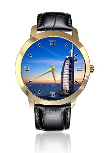 Dubai Burj Al Arabische Armbanduhr goldenes Zifferblatt Unisex Casual Lederband Quarz Analog Armbanduhr für Herren Damen
