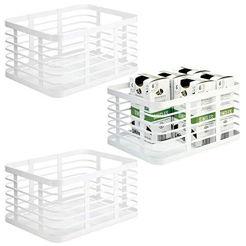 mDesign 3er-Set Allzweckkorb für das ganze Zuhause– Aufbewahrungskorb aus Metall für Küche, Vorratskammer, Bad etc. – kompakter und universeller Drahtkorb – weiß