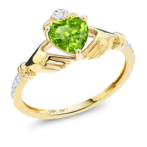 Gem Stone King 10K Yellow Gold Green Peridot and Diamond Accent Women's Irish Celtic Claddagh Ring (0.89 Cttw) (Size 9)