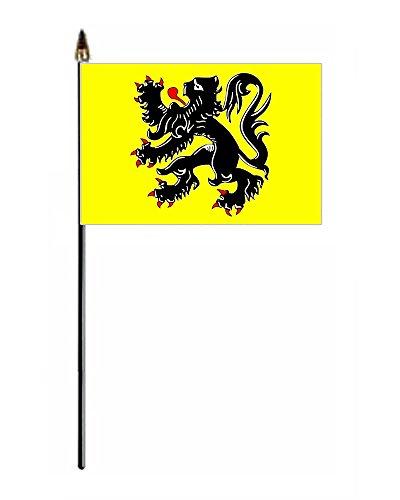 León de Flandes® GIZZY 15,24 cm x 10,16 cm mano agitadarepresenta bandera