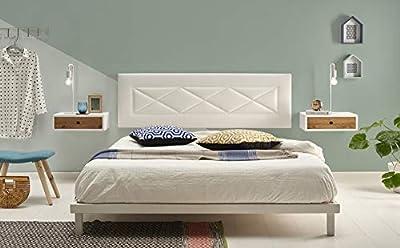 Cabecero tapizado polipiel color blanco. Medidas: Ancho:155 cm x Alto: 55 cm x Grosor: 3 cm. No requiere montaje, sólo colgar en la pared. Fabricado en España. Garantía de satisfacción 100%. La oferta sólo incluye el cabecero.