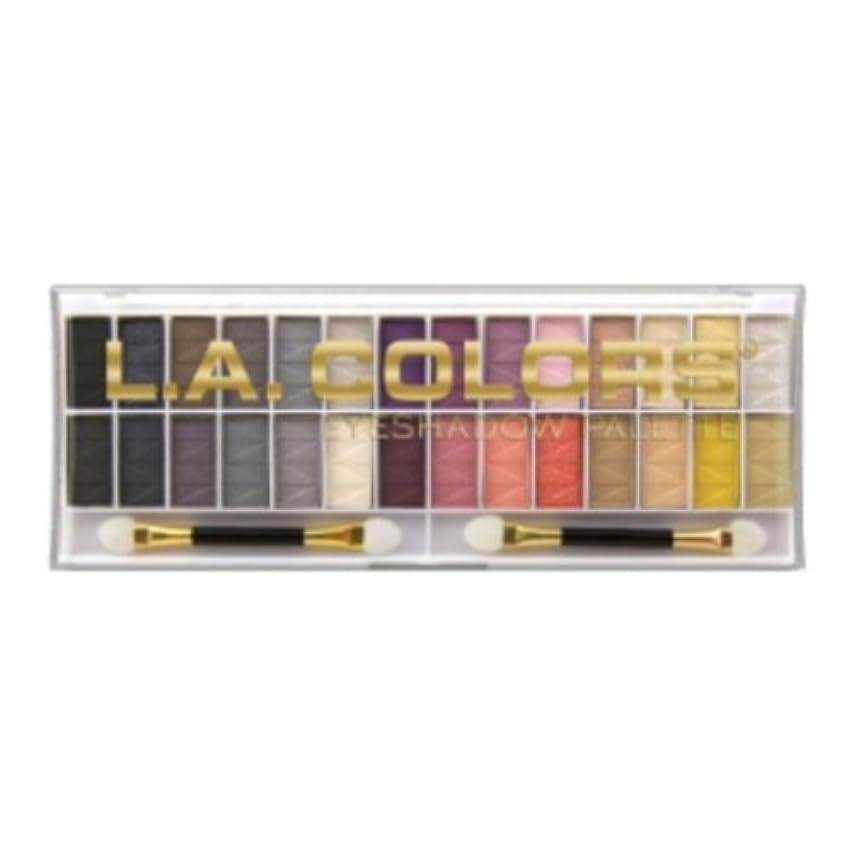 最小化する昼寝妊娠した(3 Pack) L.A. COLORS 28 Color Eyeshadow Palette - Malibu (並行輸入品)