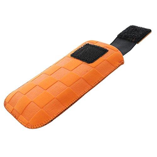 XiRRiX Handytasche mit Ausziehhilfe Size S kompatibel mit AEG Voxtel M250 - Doro PhoneEasy 6030 Primo 406 413 - Nokia 2720 Flip 2019 - Swisstone BBM 625 - Handy Tasche orange Dirt Erscheinungsbild