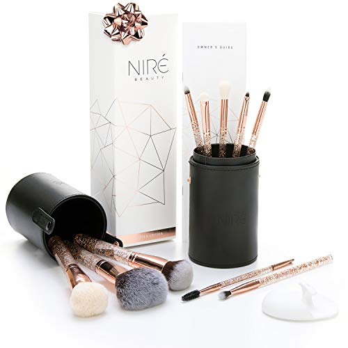 Essential Glow Set de Niré Beauty Brochas de maquillaje de