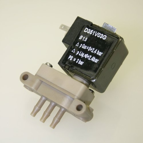 Thomafluid 3/2-Wege-Reinstmedien-Magnetventil aus PEEK - mikro, Nennweite: 1,5 mm, Anschluss-Spannung: 12= Volt, Werkstoff Dichtung: EPDM, Typ: B