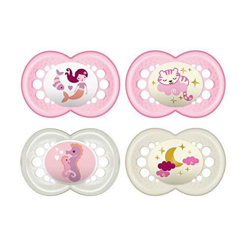 MAM Day & Night Fopspeen in set van 4, 2x MAM Original & 2x MAM Night, tandvriendelijke babyspeen van MAM SkinSoft-siliconen met doosje, speentje vanaf 6-16 maanden, roze