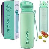Hydracy Botella de Agua 1 Litro con Marcador de Tiempo - Sin BPA con Filtro de Infusión de Frutas - Antigoteo y sin Sudor - Ideal para el Ejercicio y los Deportes al Aire Libre - Primavera Verde