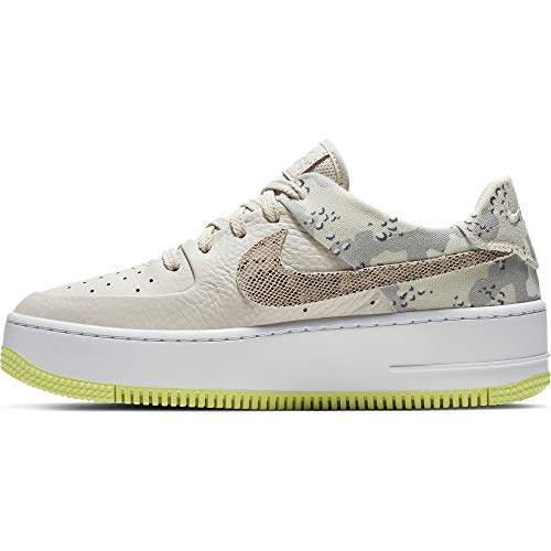 Nike Damen W Air Force 1 Sage Lo PRM Basketballschuhe, Mehrfarbig (Lt Orewood BRN/Moon Particle/White 101), 43 EU