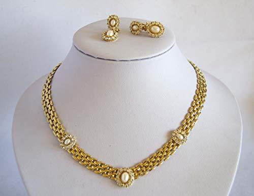 Juego de pendientes y gargantilla chapado en oro 18kt con brillantes y perlas. Envío GRATIS 72h