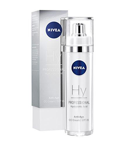 NIVEA PROFESSIONAL Hyaluronsäure CC Cream LSF 15, hochwirksame Hyaluron Anti-Age Creme für Gesicht, Hyaluron Anti-Aging Pflege gegen Falten, Anti-Falten Gesichtspflege, Feuchtigkeitspflege, 1 x 50 ml