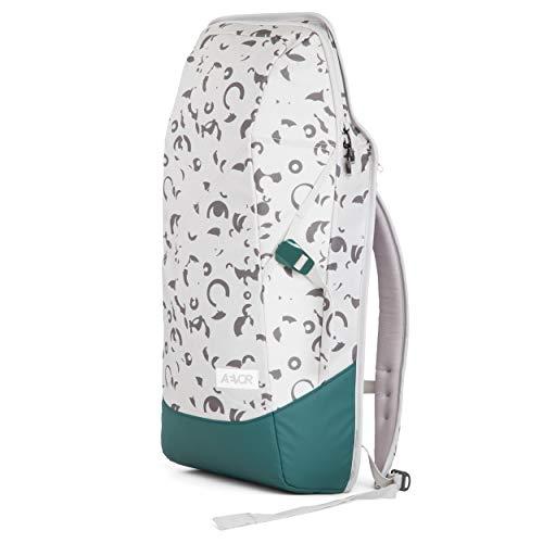 AEVOR Daypack - erweiterbarer Rucksack, ergonomisch, Laptopfach, wasserabweisend - Phosphen Green - Grau