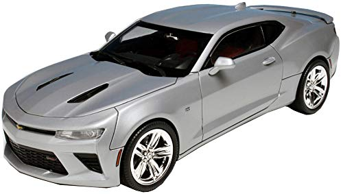 AMT AMT982 1:25 Scale 2016 Chevy Camaro SS Model Kit