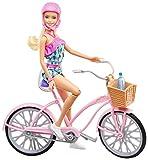 Barbie Mobilier poupée et sa bicyclette avec panier, vélo fourni avec casque rose et panier et bouteille d'eau, jouet pour...
