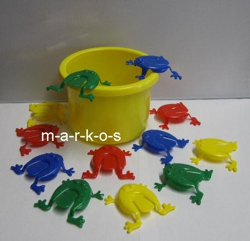 Land-Haus-Shop Tolles Frosch Hüpf Spiel / lustiges Froschhüpfspiel / Geschicklichkeitsspiel für Jung und Alt / Frosch Hüpfspiel, 12 Frösche + Eimer (gelb)