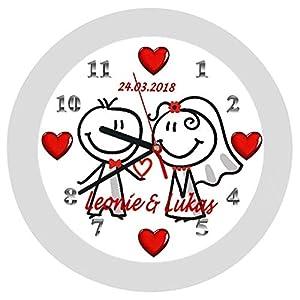 Wanduhr 7 -Geschenk-Brautpaar-Comic-Hochzeitstag-Hochzeitstaggeschenk-Ehe-Herzen-personalisiert *KEIN TICKEN*