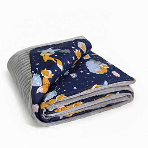 MoMika Babydecke für Jungen und Mädchen oder als Babyparty Geschenk - 75 cm x 100 cm – Baby Zubehör/Kuscheldecke/Baby Bettwäsche/Plüsch und Baumwolle - Europäisches Produkt (Graufuchs)