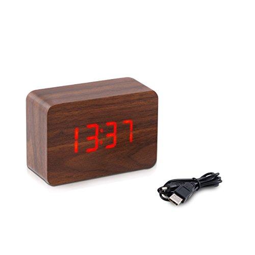 kwmobile Wecker Uhr in Holzoptik digital - Digitalwecker Anzeige von Uhrzeit Temperatur Datum - Alarm Clock mit USB Kabel in Braun mit roten LEDs