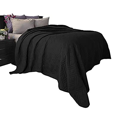 Lavish Home 66-40-K-BL Solid Color Bed Quilt - King - Black