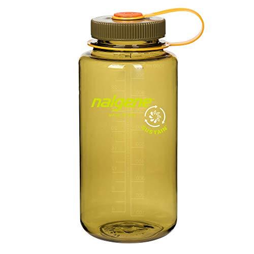 Botella de agua libre de BPA, hecha de 50% de contenido reciclado certificado, verde oliva