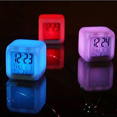 Vovotrade® Thermomètre Alarme Numérique Nuit Lumineuse Cube 7 Couleurs Horloge LED Changement Digital Alarm Thermometer Night Glowing Cube 7 Colors Clock LED Change (color)
