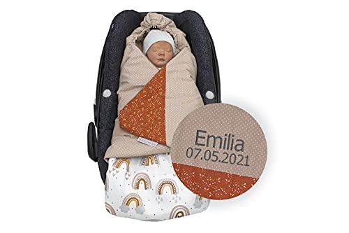 ULLENBOOM ® personalisierte Einschlagdecke Babyschale Regenbogen (Made in EU) - Babydecke mit Namen für Babyschale & Kinderwagen, kompatibel mit Maxi Cosi ®, für 0 bis 9 Monate
