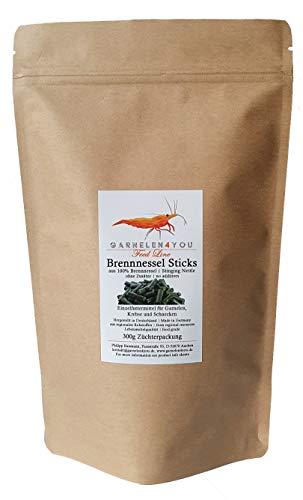 GARNELEN4YOU® Brennnessel Sticks, 300 g hochwertige Futter Pellets zur entspannten Fütterung von Aquarienbewohnern wie Garnelen, Krebse und Schnecken (300g)