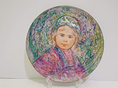 """Edna Hibel """"La Contessa Isabella Collectors Plate"""