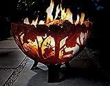 Fallen Fruits Gusseisen-Feuerschale, halbrund, mit lasergeschnittener Waldlandschaft