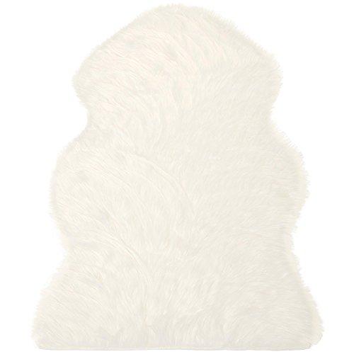 CelinaTex Furry Läufer 60 x 90 cm weiß Hochflor Bettvorleger Schaffell-Imitat Kunstfell Flurteppich Teppichläufer