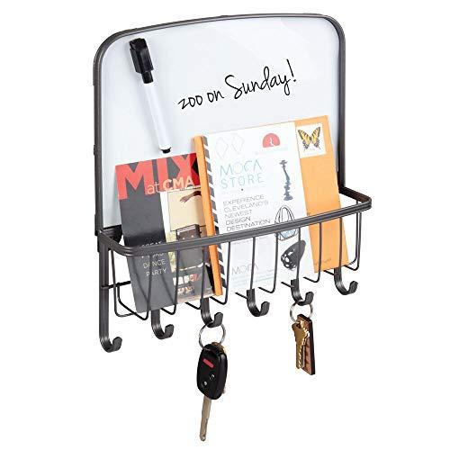 mDesign Organizador de llaves y cartas para la pared – Colgador de llaves con bandeja para el correo y folletos – Organizador de cartas con bandeja, 6 ganchos y pizarra para notas – gris grafito