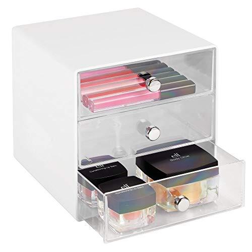 mDesign Schubladenbox aus robustem Kunststoff – praktischer Kosmetik Organizer mit drei Schubladen – stilvolles Schubladensystem mit Chromgriffen – weiß/durchsichtig