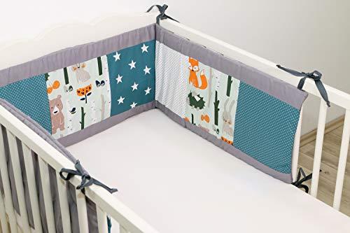 ULLENBOOM ® Tour de lit bébé forêt pétrole bleu (180x30 cm Contour de lit molletonné en coton, Motifs étoiles & pois)