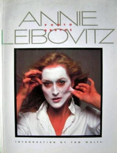 Photographs by Annie Leibovitz (1984-09-01)