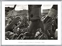 ポスター コーネル キャパ JFK Hands North Hollywood 1960 額装品 アルミ製ベーシックフレーム(シルバー)