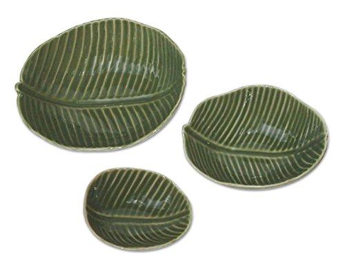 NOVICA 'Banana jardín cerámica Cuencos