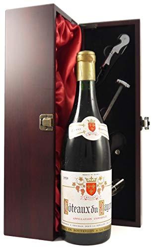 Coteaux du Layon Cuvee Superieure Reserve 1959 Touchais in einer mit Seide ausgestatetten Geschenkbox. Da zu vier Wein Zubehör, Korkenzieher, Giesser, Kapselabschneider,Weinthermometer, 1 x 750ml