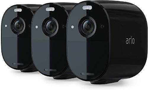 Arlo Essential Spotlight, 3 Telecamere di videosorveglianza WiFi senza fili, Faro e Sirena integrati, Visione Notturna a Colori, 1080p, Audio 2 vie, Interno ed Esterno, non richiede Base Arlo, Nero