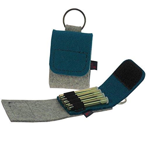 Premium Schlüsselanhänger-Taschenapotheke von ebos | Reiseapotheke aus echtem Wollfilz | 4 Schlaufen für Globuli-Röhrchen, Globuli-Tasche zur Aufbewahrung von homöopathischer Hausapotheke | petrol