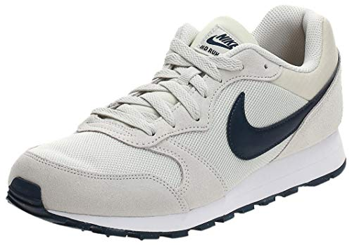 Nike MD Runner 2, Zapatillas de Running Hombre, Gris (Light Bone/Obsidian 009), 38.5 EU
