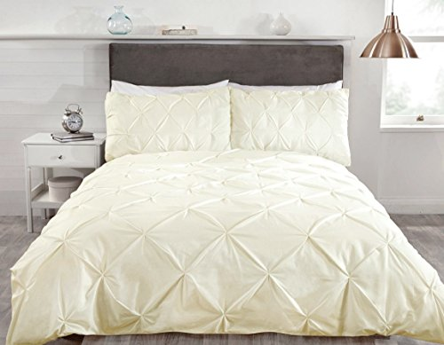 Rapport CREAM BALMORAL PIN TUCK TRIM DUVET SET IN DOUBLE SIZE EASYCARE POLY COTTON FABRIC
