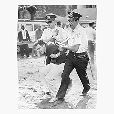 Amazon Com Kineticards Power Fight The Photo Revolution 1963 Chicago Arrested Arrest Sanders Bernie Home Decor Wall Art Print Poster Kitchen Dining