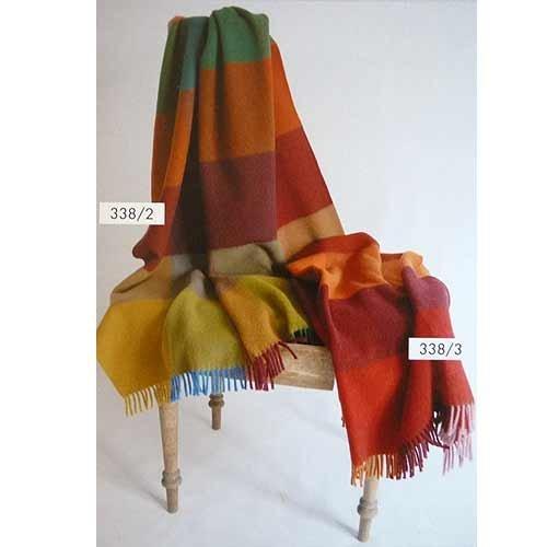 STEINBECK Decke Mosel aus 100% Schurwolle in fünf Farbvariationen, Größe 130x180 cm Farbe Bunt