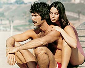 Sam Elliott and Kathleen Quinlan in Lifeguard Bare Chested on Beach 16x20 Canvas
