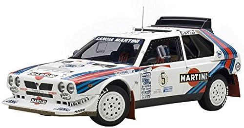 AUTOart 88621 Lancia Delta S4 Winner Silberinien 1986 Ma ab 1 18