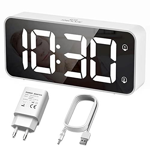 HERMIC Reloj Despertador Digital, LED Despertador con Cable USB , 0-100% Atenuador de Brillo, Pantalla Digital Clara Grande, Snooze, 12 / 24H, Alarmas Duales, Volumen Ajustable, Incluye Adaptador